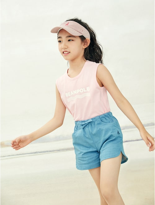 67cd551164 19SS Beanpole Kids Bending Denim Short Pants – Blue Discount price USD  52.46 Sale price USD 55.23 Discount rate5%