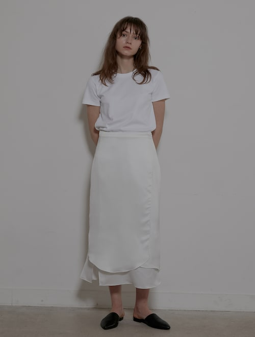 13b306bbf Grid Seoul [오픈 특가]Wave Silky Wrap Skirt - White USD 189.71 USD 226.66 16%