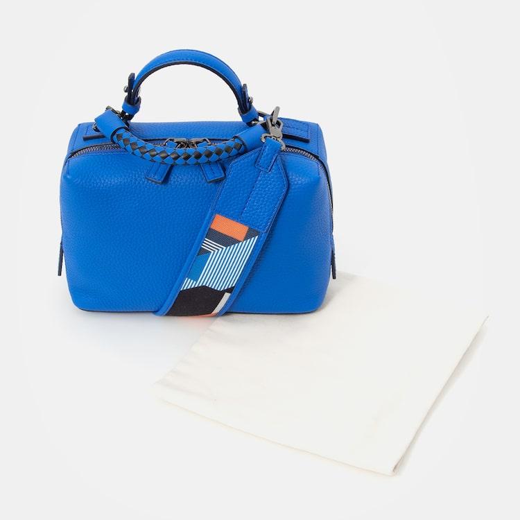 빈폴 액세서리(BEANPOLE ACCESSORY) 여성 블루 큐브 스몰 토트백 (BE0XD3M78P)