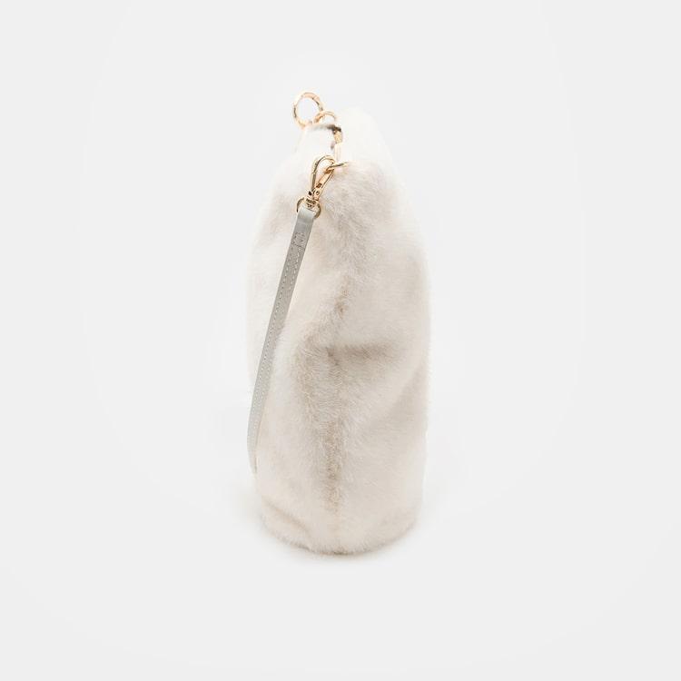 오이아우어(OIAUER) Eco-Fur Mini Bag in Ivory