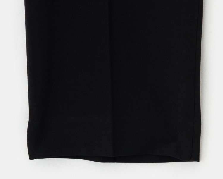 에잇세컨즈(8SECONDS) 블랙 솔리드 슬림핏 슬랙스 (228721CY35)