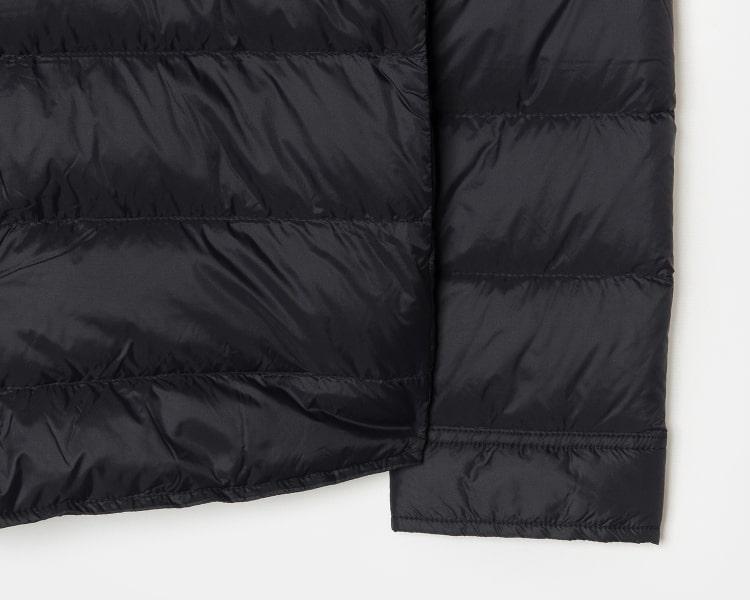 에잇세컨즈(8SECONDS) 블랙 퀼팅 포켓 칼라 다운 패딩 (458938WY65)