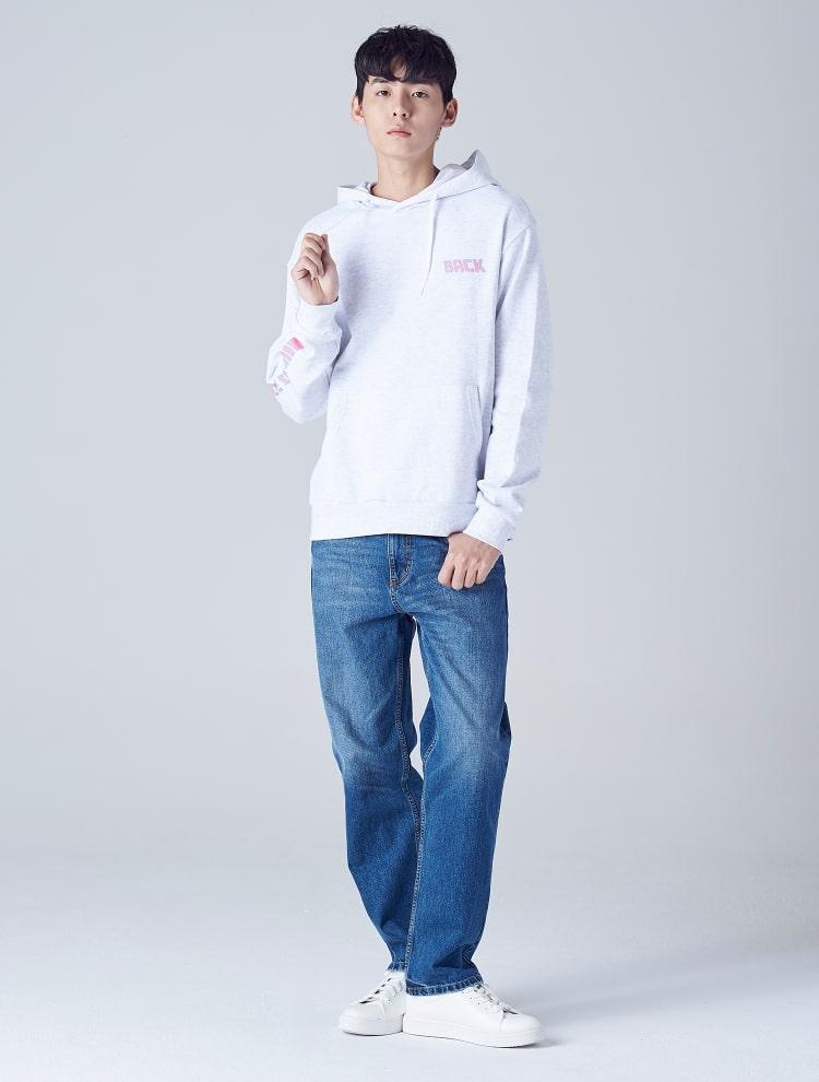 에잇세컨즈(8SECONDS) 애쉬 레터링 캥거루 포켓 후드 티셔츠 (238941CQ34)