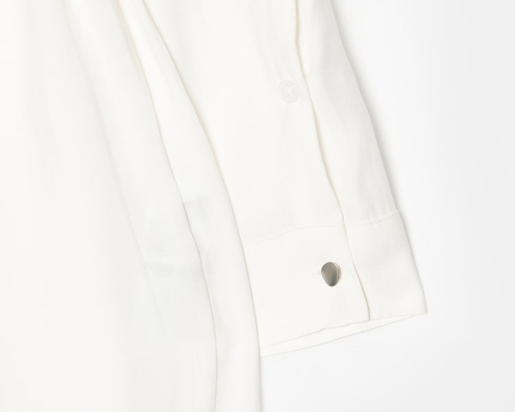 에잇세컨즈(8SECONDS) 화이트 솔리드 버튼 셔츠형 원피스 (169371IY11)