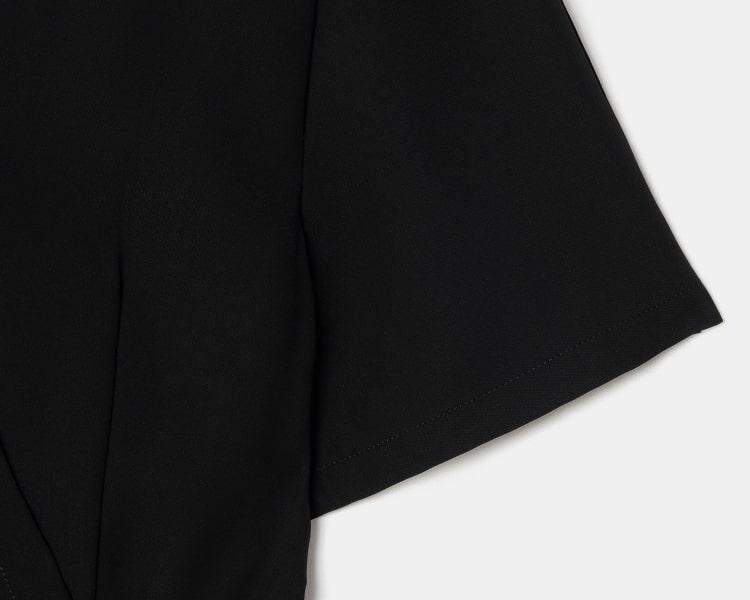 에잇세컨즈(8SECONDS) 블랙 랩 브이넥 점프 수트 (119471BYB5)