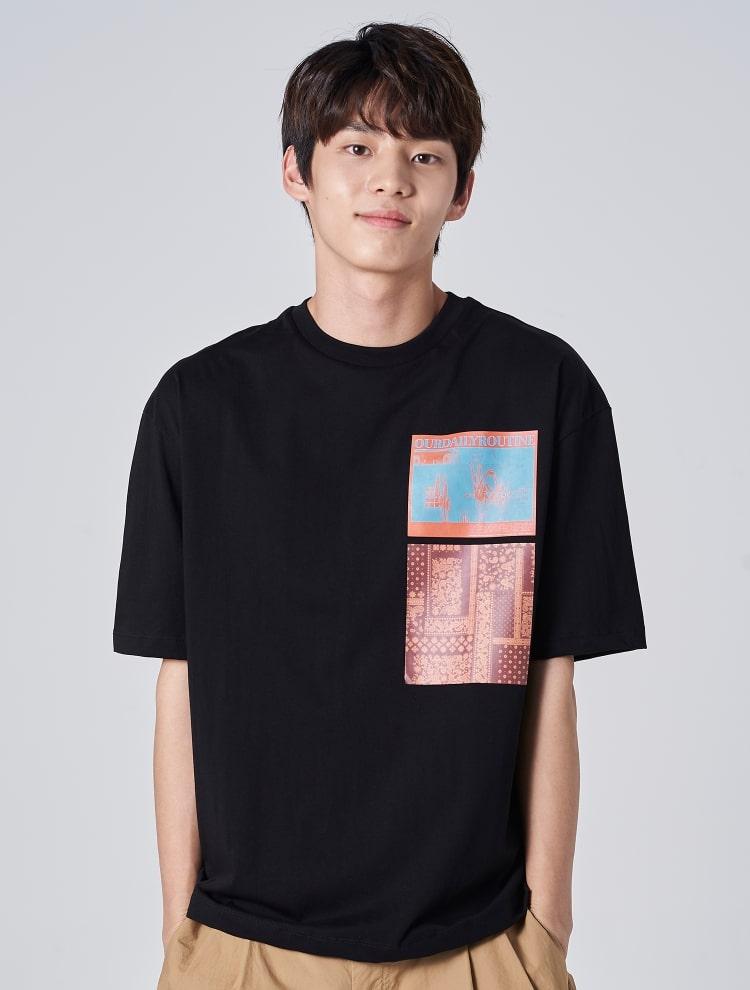 에잇세컨즈(8SECONDS) 블랙 페이즐리 포인트 반소매 티셔츠 (269542CY65)