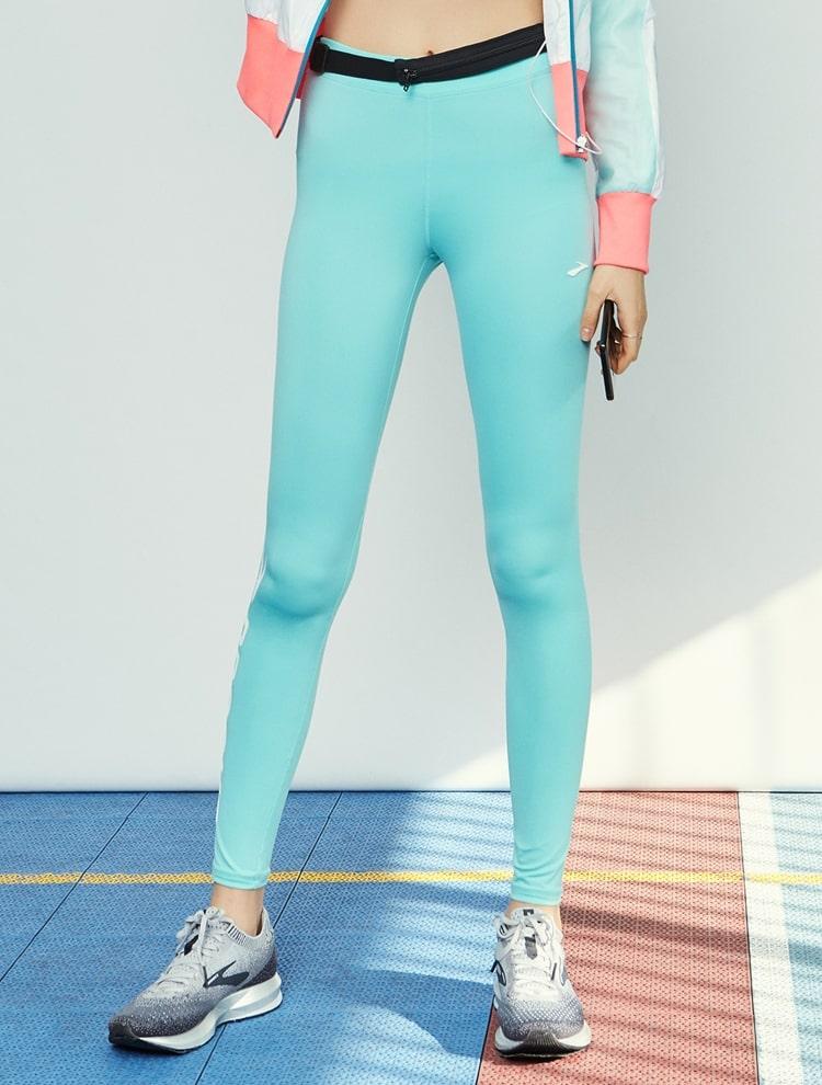 브룩스(BROOKS) 여성 솔리드 하단 로고 레깅스 네이비 (BX932ZC23R)