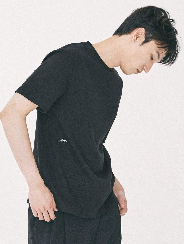 엠비오(MVIO) [MA:SIL] 블랙 프리미엄 코튼 로고 엠브로이더리 반팔 티셔츠