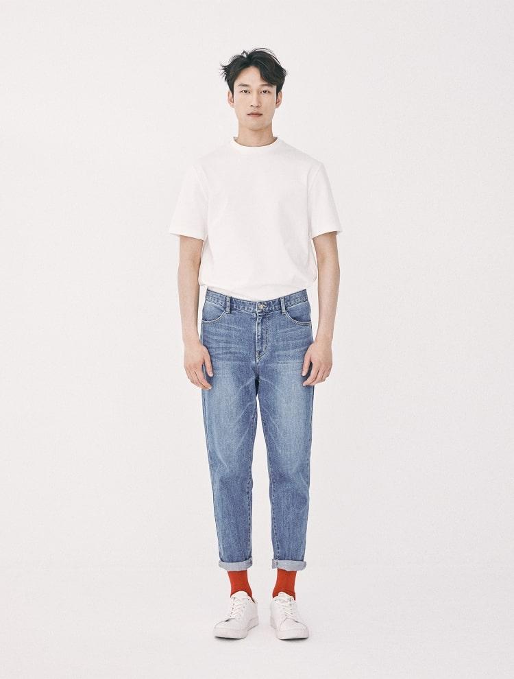 엠비오(MVIO) 화이트 프리미엄 코튼 로고 프린트 반팔 티셔츠