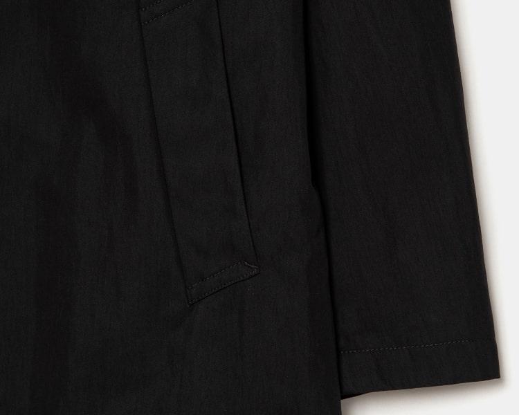 엠비오(MVIO) 블랙 후드 세미오버 트렌치 코트
