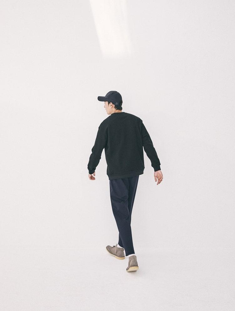 엠비오(MVIO) 블랙 립 배색 스웨트셔츠