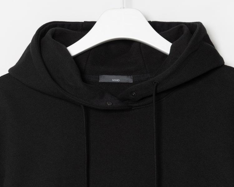 엠비오(MVIO) 블랙 스냅 버튼 후드 티셔츠