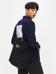 [8 X 지디스픽] 블랙 캔버스 레터링 프린트 와이드 쇼퍼백_ G-Dragon GD 지드래곤 콜라보