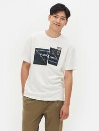 화이트 실사그래픽 오버핏 티셔츠