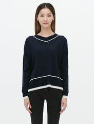 네이비 브이넥 데일리 스웨터