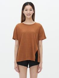 옐로이시 브라운 리넨 혼방 슬릿 티셔츠