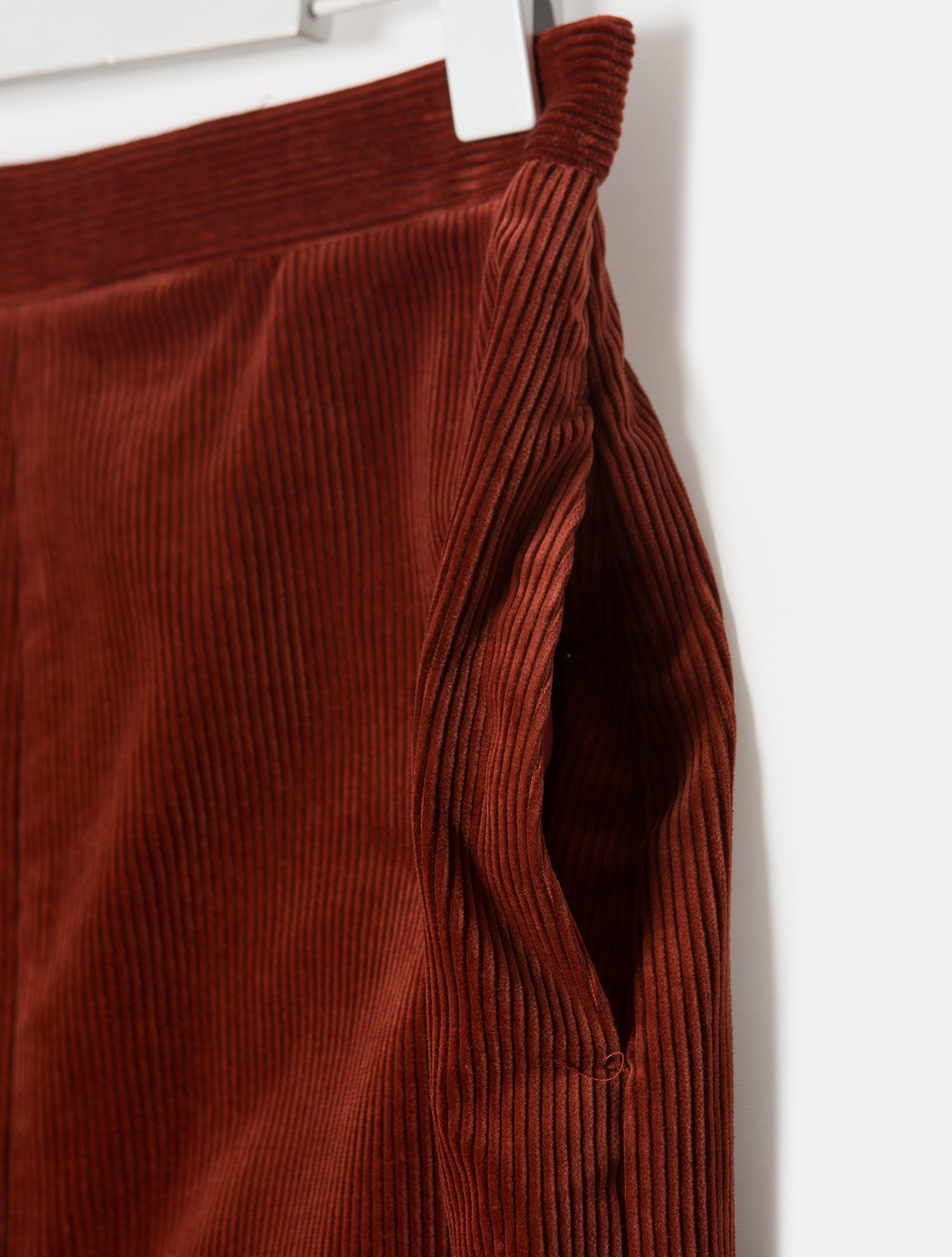 9727d68c7c92 Auralee-Corduroy Front Slit Long Skirt - Red (Women) │Samsung C&T Online  Mall SSF Shop