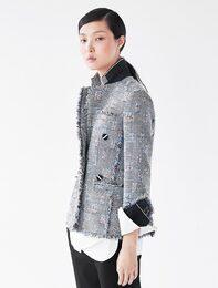 [edit] Fancy Tweed Jacket (Black)
