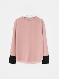 [edit] Poly Crepe Cuffs Point Blouse (Light Pink)